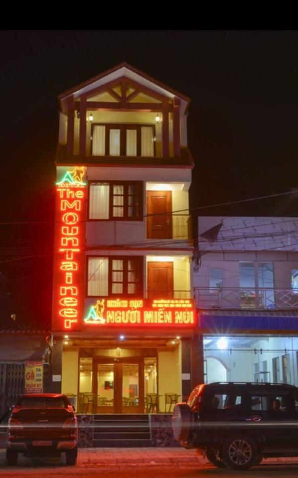 Khách sạn NGƯỜI MIỀN NÚI - Thị Trấn Sapa
